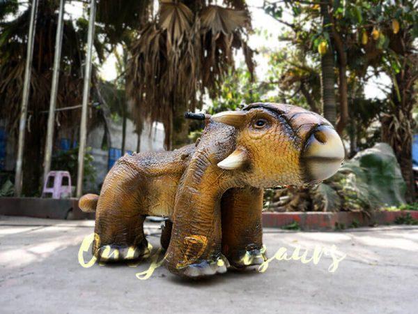 Park Dinosaur Rides Ankylosaur in Yellow 1