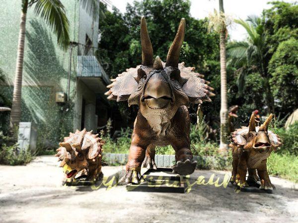 Realisitc Animatronic Triceratops Two babies One Adult2