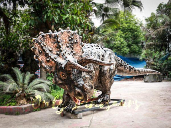 Realistic Jurassic Park Animatronic Triceratops5