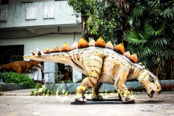 Realistic Juvenile Animatronic Dinosaur Stegosaurus2