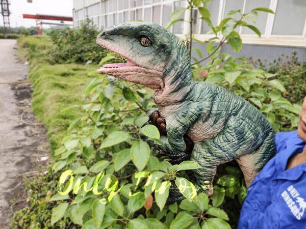 Realistic Raptor Glove Puppet for Jurassic Park9