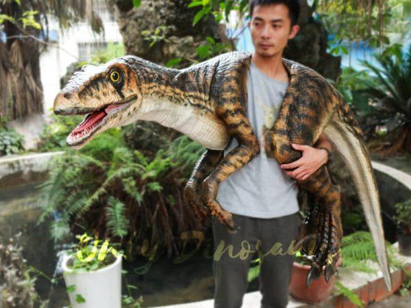 Realistic-Strip-Velociraptor-Shoulder-Puppets3-1