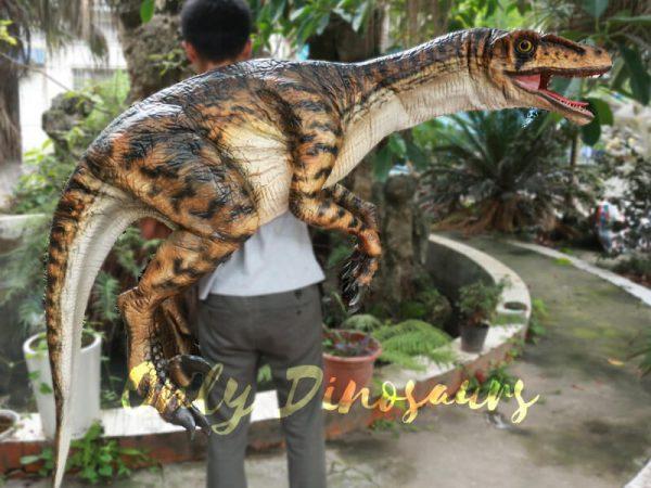 Realistic-Strip-Velociraptor-Shoulder-Puppets4-1