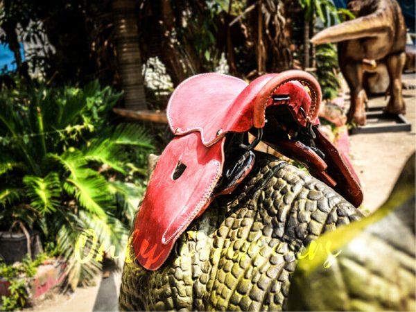 Theme Park Amusement ride on dinosaurs Protoceratops2