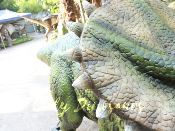 Animatronic-Dinosaur-Show-Lifelike-Triceratops2-1