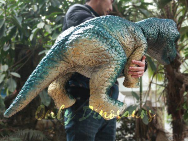 Dinosaur-Hand-Puppet-Brachiosaurus-for-Show6