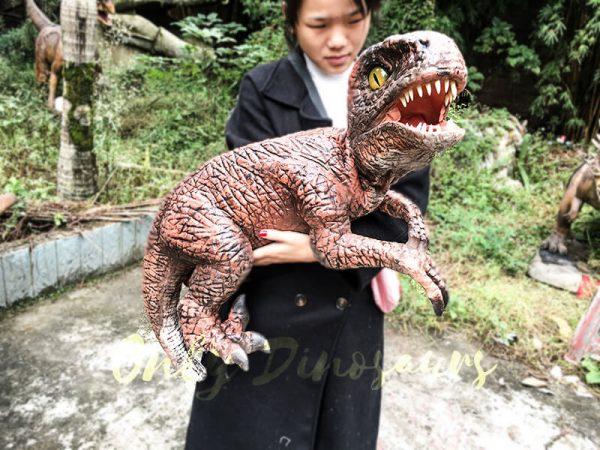 Fierce Raptor Hand Puppet Reality Jurassic World3