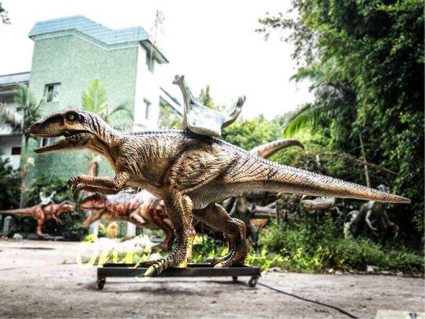Playskool Ride on Dinosaur Velociraptor2
