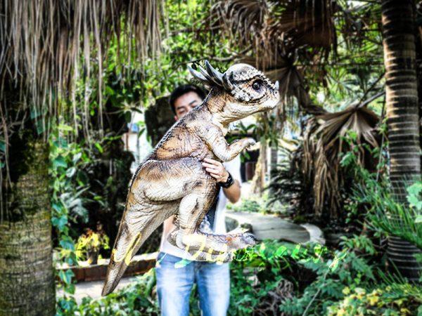 Realistic Dinosaur Stygimoloch Puppet Jurassic World2