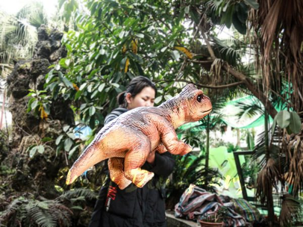 Realistic Puppets Dinosaur Puppet of Baby Brachiosaurus6