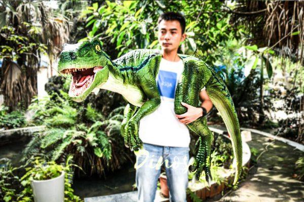 Vivid Raptor Shoulder Puppet Jurassic World Dinosaur1