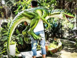 Vivid Raptor Shoulder Puppet Jurassic World Dinosaur