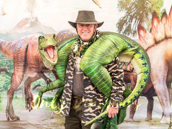 Vivid Raptor Shoulder Puppet Jurassic World Dinosaur6