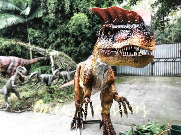horror animatronics dilophosaurus1
