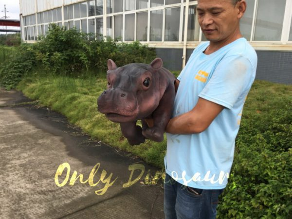 Realistic-Baby-Hippo-Puppet-for-kids2