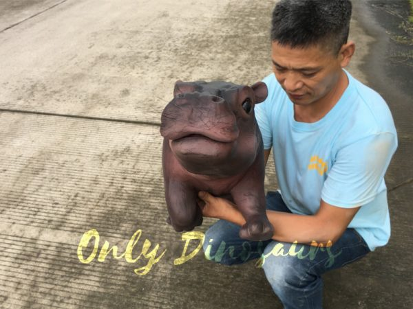 Realistic-Baby-Hippo-Puppet-for-kids3