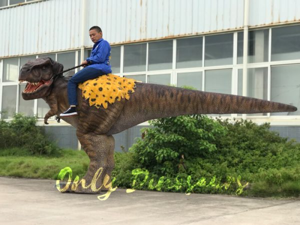 T-Rex-Riding-Dinosaur-Costume-on-Stilts4