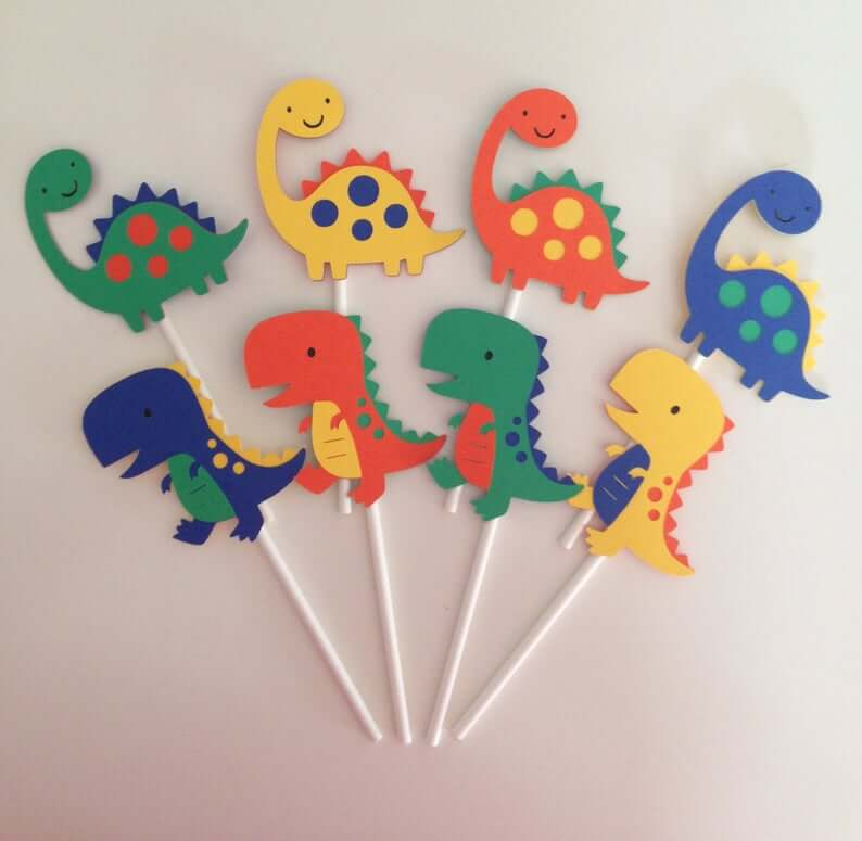 12-Dinosaur-Cupcake-Toppers
