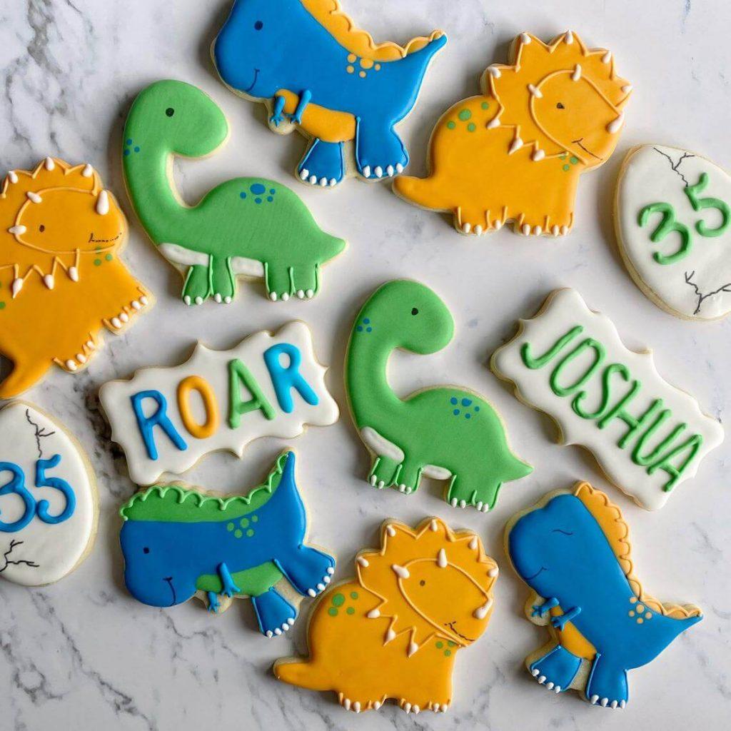 Dinosaur-cookies