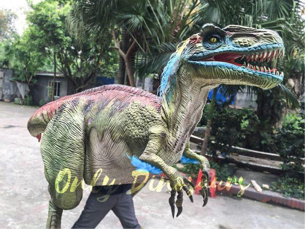 Jurassic-Park-Emulational-Walking-Velociraptor-Costume-3