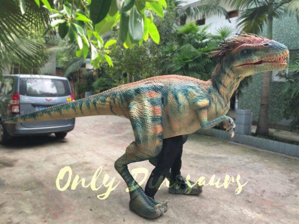 Jurassic-Park-Feathered-Velociraptor-Costume-3