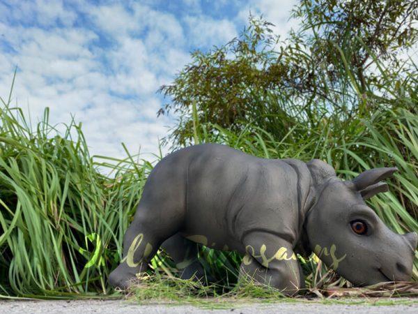 Realistic-Rhinoceros-Handheld-Puppet2