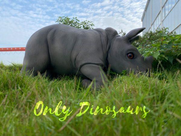 Realistic-Rhinoceros-Handheld-Puppet3