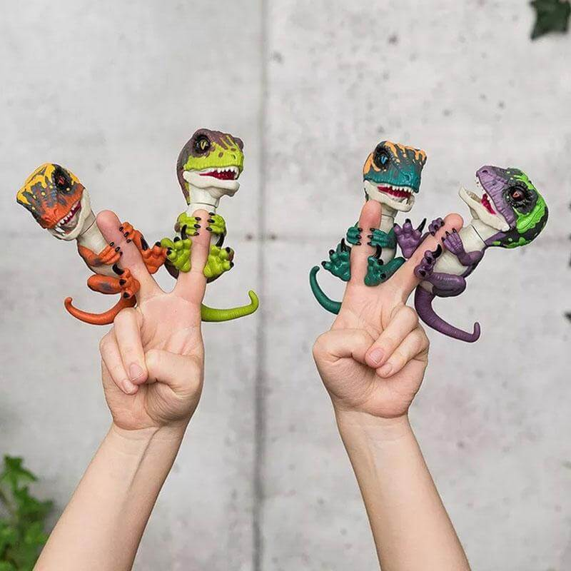 Untamed-Electronic-Pet-Raptor-Interactive-Finger-Toy1
