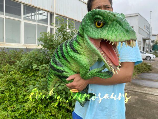 Vivid-Masiakasaurus-Dinosaur-Hand-Puppet4