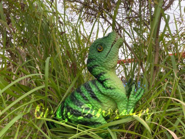 Vivid-Masiakasaurus-Dinosaur-Hand-Puppet6