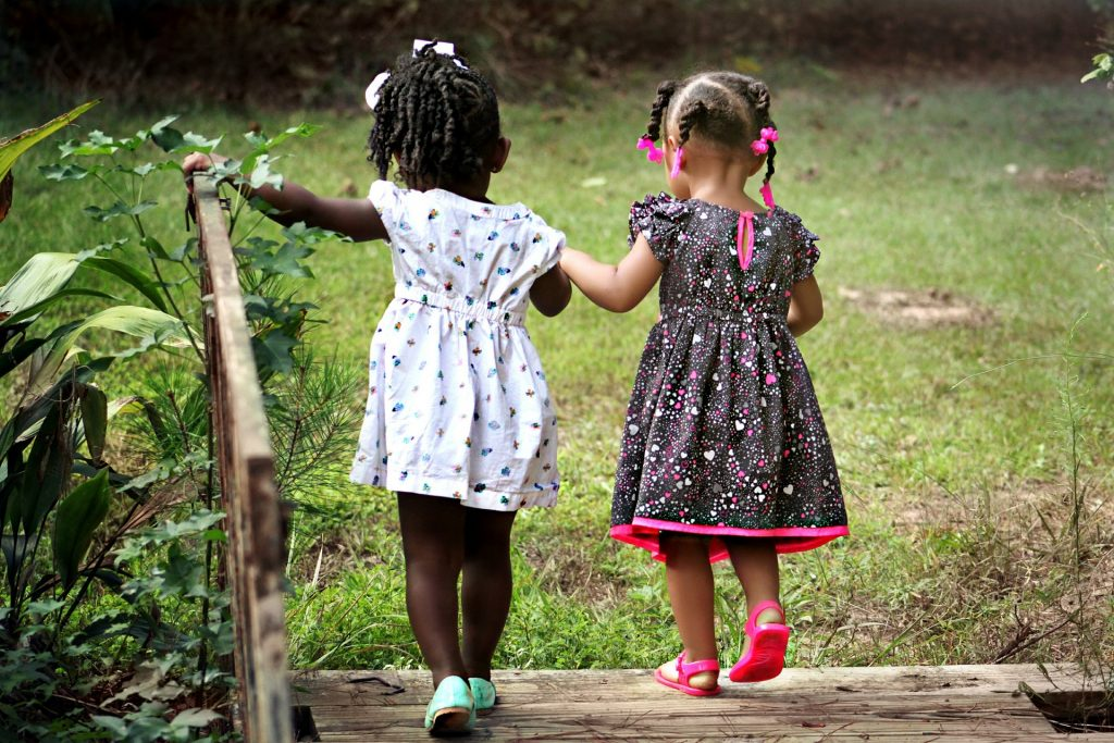 motivate your child to learn by picking role model friends