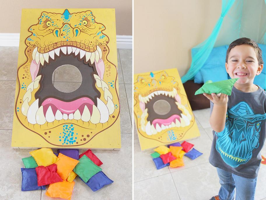 Dinosaur-party-Feed-the-Dinosaur
