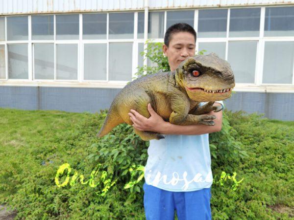 Approachable-Baby-Tyrannosaurus-from-Jurassic-World-1