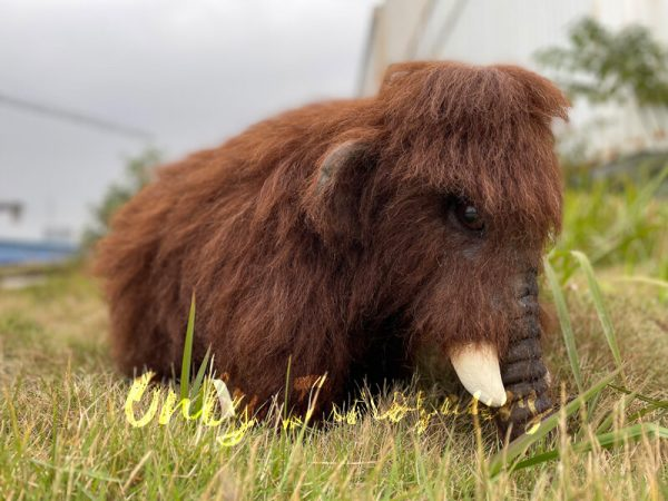 Brown-Baby-Mammoth-Puppet-with-Cute-Appearance-1