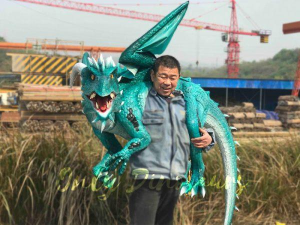 Realistic-Shoulder-Blue-Flying-Dragon-Puppet2