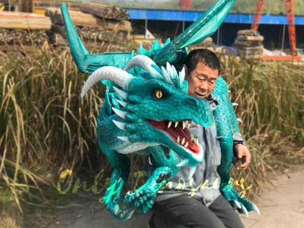 Realistic-Shoulder-Blue-Flying-Dragon-Puppet4