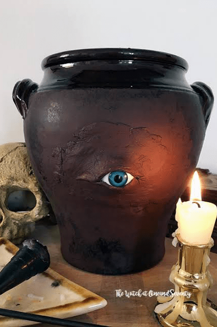 What-are-some-good-haunted-house-ideasPlace-an-urn-on-the-mantelpiece
