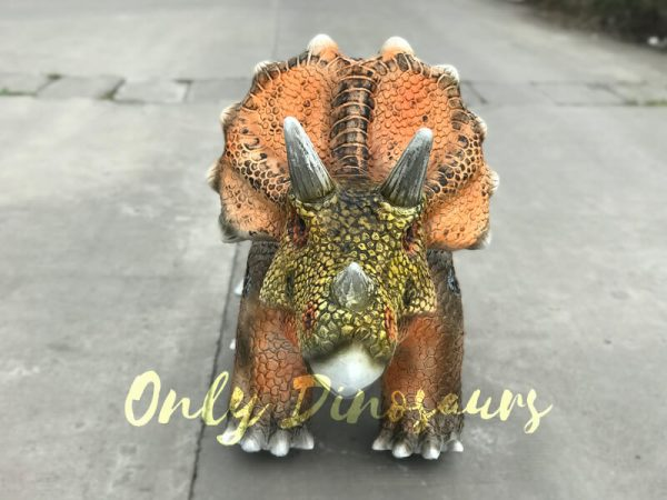 Animatronic-Outdoor-Triceratops-Dinosaur-Ride4