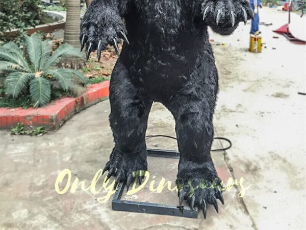 Black-Animatronic-Bear-with-Sharp-Teeth-8