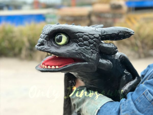 Cute-Toothless-Dragon-Puppet2
