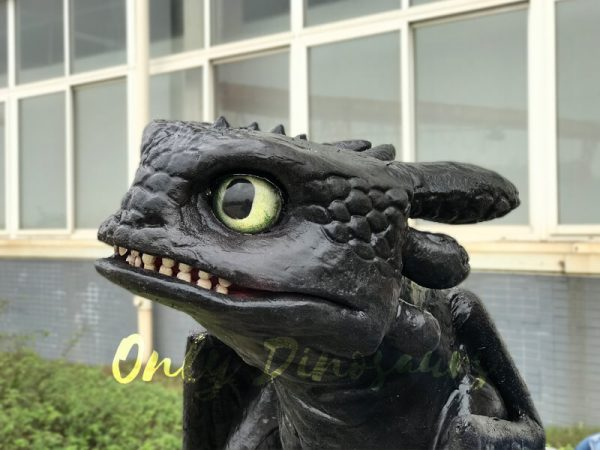 Cute-Toothless-Dragon-Puppet6