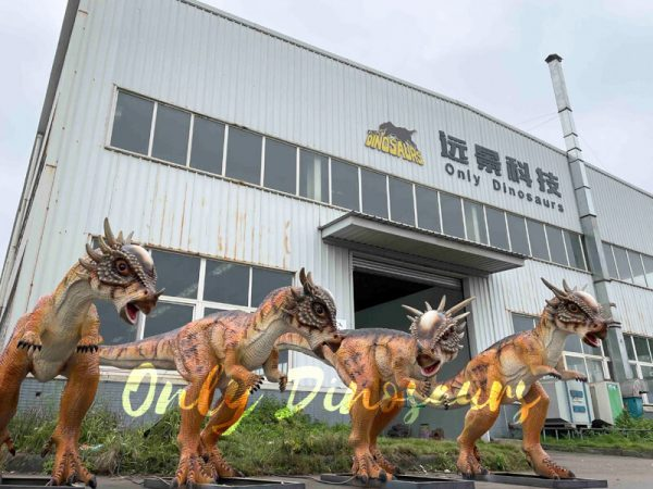 Four-Electric-Dinosaur-Parasaurolophus-for-Jurassic-Park5