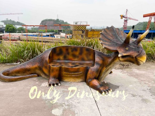 Funny-Fiberglass-Dinosaur-Triceratops-Bench4