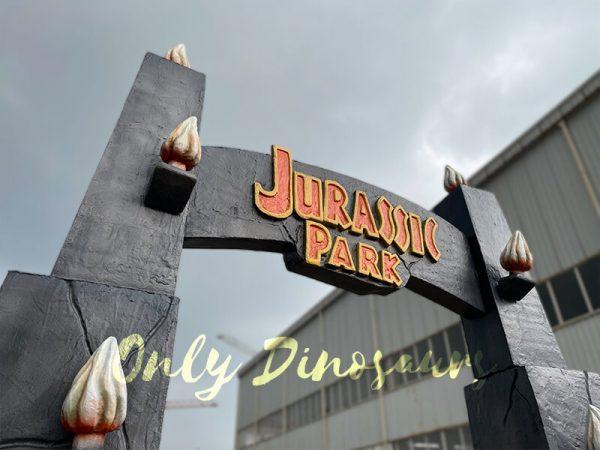 Jurassic-Park-Gate-for-Dinosaur-Party-Decoration2