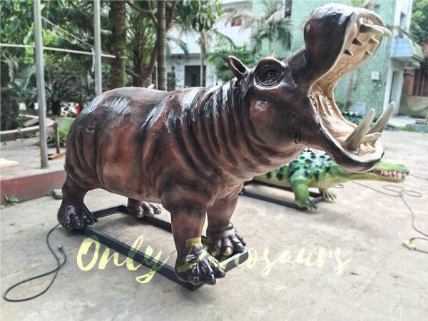 Life-like-Giant-Animatronic-Hippopotamus-for-Natural-Museum2