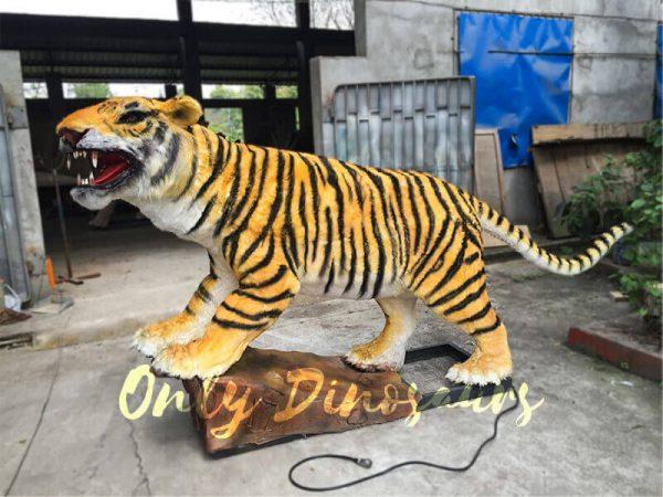 Lifelike-Electric-Tiger-with-Sharp-Teeth-3