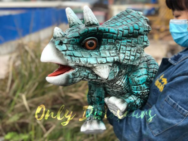 Lively-Handheld-Blue-Baby-Triceratops-for-Kids2