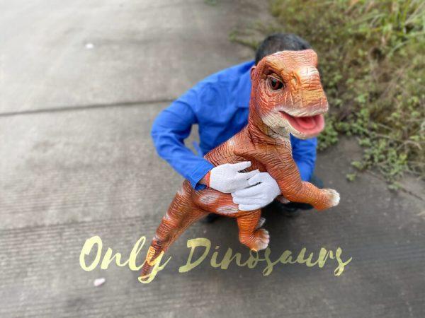 Mind-blowing-Baby-Brachiosaurus-Puppet4