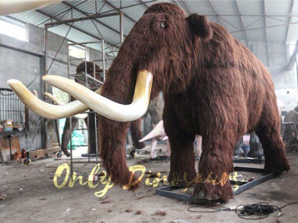 Prehistoric-Life-size-Animatronic-Animal-Woolly-Mammoth-3
