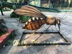 Realistic Big-winged Animatronic Mosquito